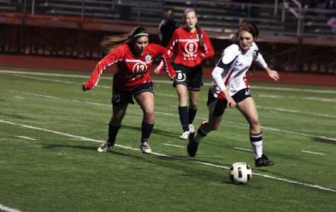 Girls Soccer Advances to Second Round of Playoffs