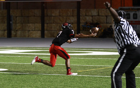 Varsity Football Heads into District Undefeated