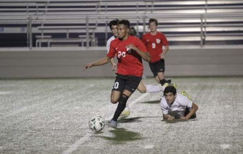 Boys soccer ends season with 14-3-5