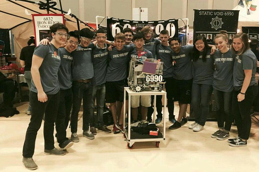 Robotics conquers super regionals; will compete at worlds April 19