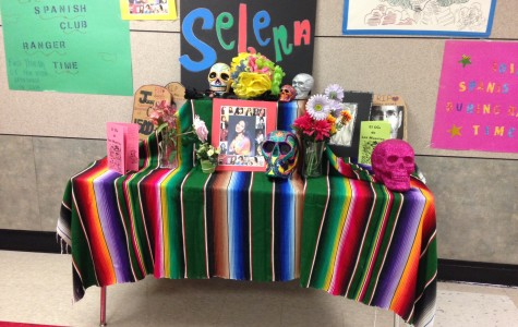 Spanish Creates Altar for Day of the Dead