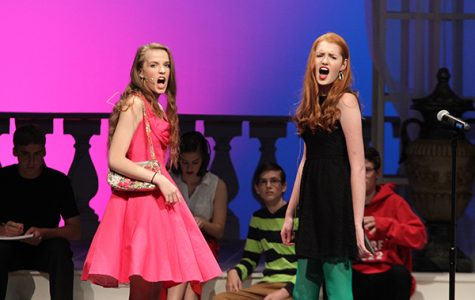 Emily Knorr, 18, and Lauren Coltharp, '18, sing