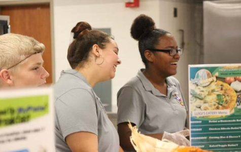 Turkey Day: cafeteria staff, NJROTC host Thanksgiving meal