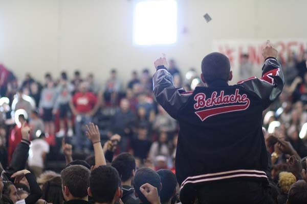 Pep rally recognizes spring sports