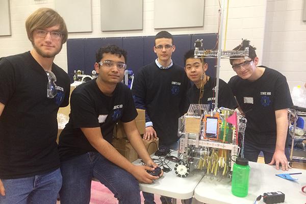 Robotics Advances to Super Regionals for First Time