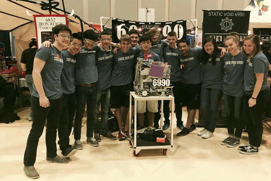 Robotics conquers super regionals; will compete at worlds April 19