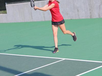 Junior Varsity Tennis Team Shows Promise for Upcoming Season